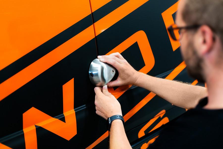 Sicherheitsschlösser für Transporter, Lieferwagen und andere Arbeitsfahrzeuge.